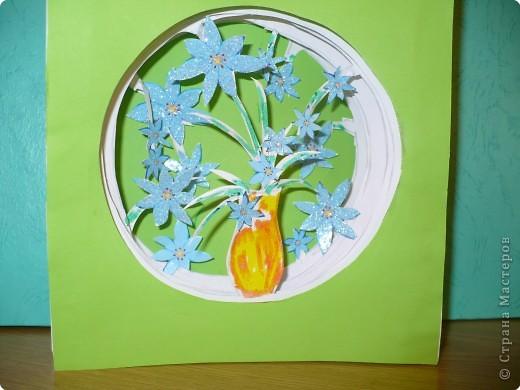Бумажный туннель: Цветы в вазе