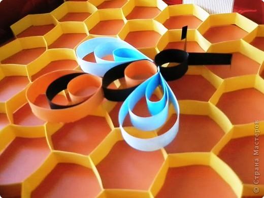 Бумагопластика: Вот и пчёлки прилетели фото 2
