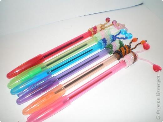 """Бисероплетение: Оплетенные ручки по схеме """"Спираль"""" фото 1"""