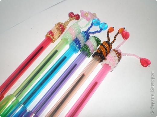 """Бисероплетение: Оплетенные ручки по схеме """"Спираль"""" фото 2"""