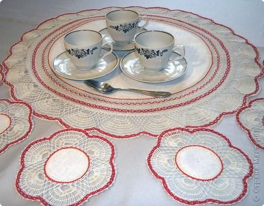 Ансамбль для чайной церемонии. Выполнен в многопарной технике плетения на коклюшках