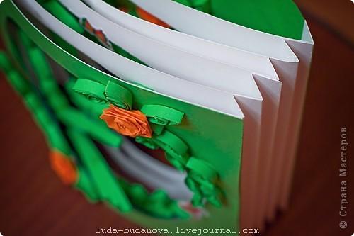 попробовала соединить две техники: квиллинг и бумажный туннель. фото 3