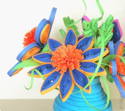 Квиллинг: Ваза с цветами фото 3