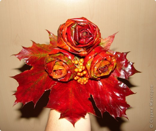 утром покрасила розы и уехала в магазин, так дочка не вытерпела и лейку мне покрасила так и решили оставить фото 6