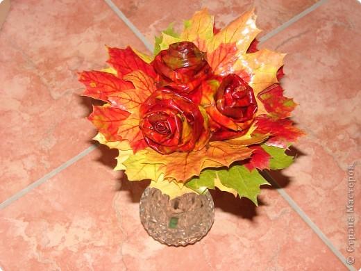 утром покрасила розы и уехала в магазин, так дочка не вытерпела и лейку мне покрасила так и решили оставить фото 7