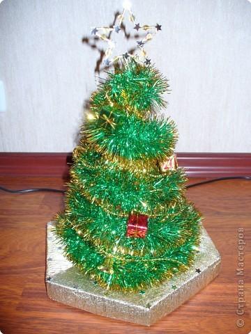 Эту  елочку мы делали со старшим сыном в 2006 году. Скоро Новый год и может быть кому то пригодится такая идея. фото 1