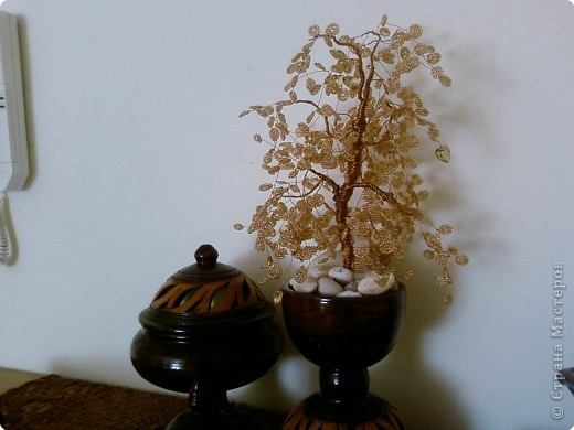 Осеннее дерево с сердечками фото 1
