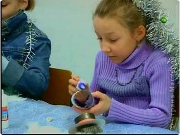 К прошлогодним Новогодним праздникам делали с ребятами игрушки - сувениры. фото 4