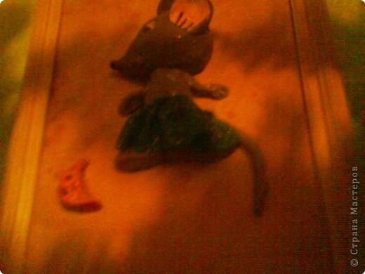 мышка спряталась в зарослях фото 3