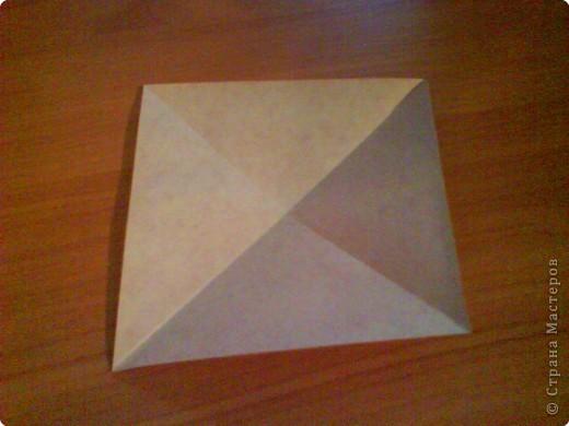 Квадрат для нижней части шкатулки  такого же размера, что и  для крышки. Намечаются две диагонали фото 1