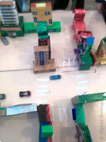 Вот такой городок-коробок вырос у нас из обычных коробок. фото 2