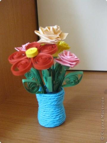 Квиллинг: цветы ко Дню Учителя фото 1
