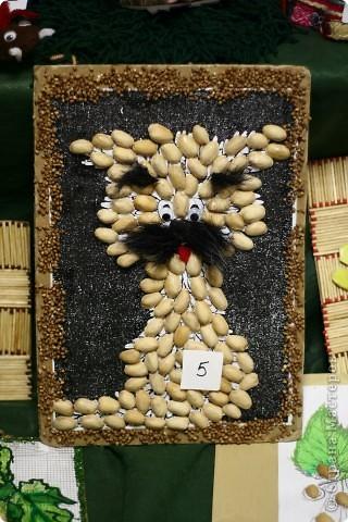 аппликация из пищевых продуктов- гречка, мак, скорлупа от фисташек(работа с выставки)
