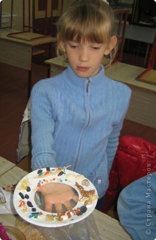 Такие тарелочки подарили на День пожилого человека. фото 9