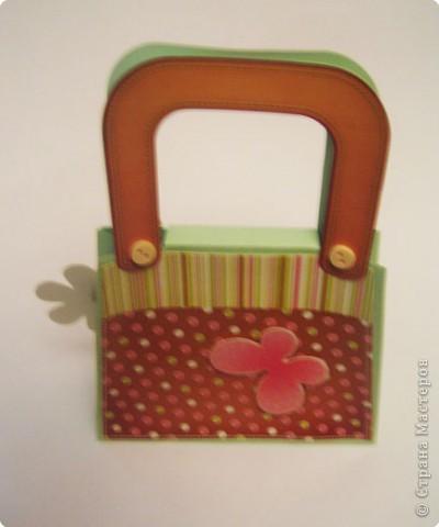Вот такую сумочку сделали с дочкой из готового набора для творчества. фото 7