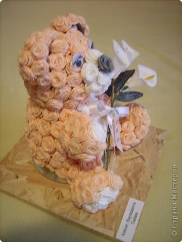 каркас сделала из рулончиков от туалетной бумаги и розочки из салфеток. фото 3