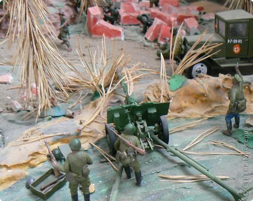 Поделки для мальчиков Фоторепортаж День Победы Моделирование конструирование Панорама младшего сына на военную тему  фото 1