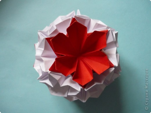Кусудама: Красное и белое фото 2