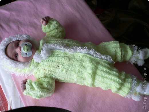 Вязание спицами: Первый костюм. Вязала бабушка