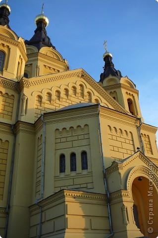 Построен в 1880году,закрыт в 1929, службы возобновились в 1992 году.Реставрация продолжается...12 сентября 2009года Собору присвоен статус кафедрального. фото 5