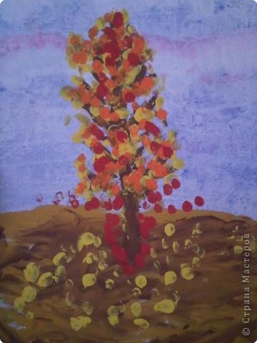 Рисование и живопись: Осеннее дерево - рисование пальчиками