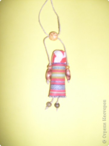 Кукла-оберег. Делались из подручного материала: солома, нитки, глина, тряпочки.   фото 5