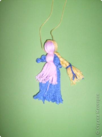Кукла-оберег. Делались из подручного материала: солома, нитки, глина, тряпочки.   фото 6