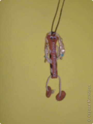 Кукла-оберег. Делались из подручного материала: солома, нитки, глина, тряпочки.   фото 2