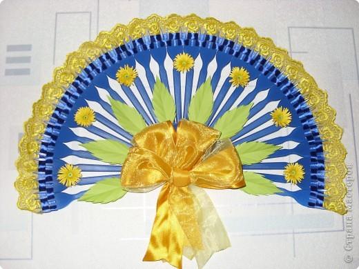 Декоративный веер 2+способ крепления к стене фото 1