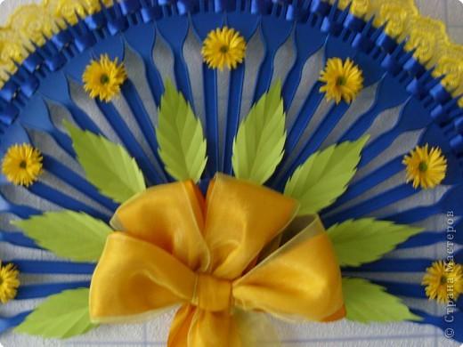 Декоративный веер 2+способ крепления к стене фото 2