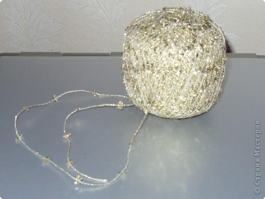Такую ёлочку можно сделать из белой или цветной бумаги для принтера, а можно покрасить в процессе в золото или серебро  фото 35
