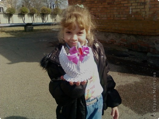 Этого лебедя сделала Нечаева Алина,8 лет. фото 5