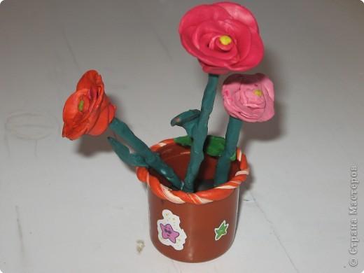 Работа ученицы Хабибуллиной Светланы. Получился вот такой пластилиновый букет.