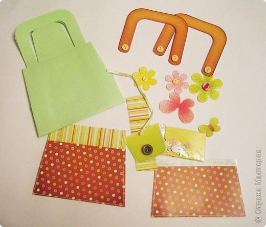 Вот такую сумочку сделали с дочкой из готового набора для творчества. фото 3