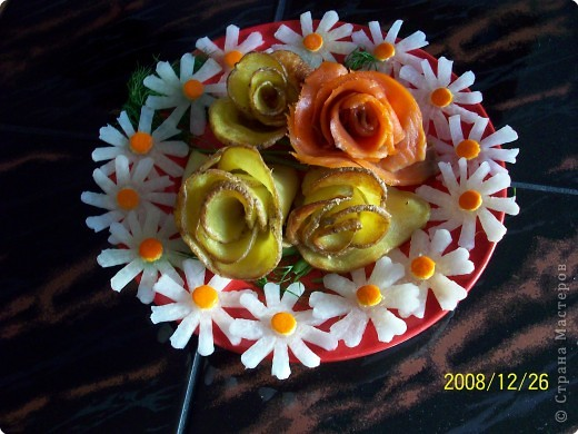 Карвинг: Картофельные розы. фото 2