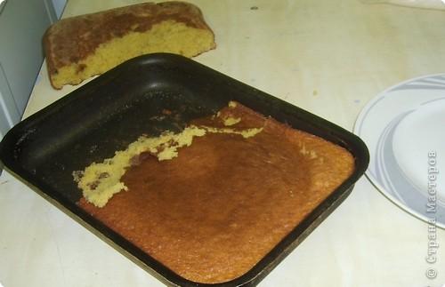 Каждый год на уроках кулинарии в 8 классе, девчата пекут этот торт. Конечно не шедевр по красоте, но очень вкусный и лёгкий в приготовлении. И самое главное, не надо ждать пока пропитается, он вкусен и в тёплом виде ( что не маловажно в рамках урока) фото 25