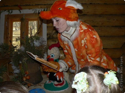 Предлагаю совершить путешествие на Вотчину Деда Мороза в Великий Устюг, тем более, что и повод подходящий имеется - 18 ноября главный российский волшебник отмечает свой день рождения! Вотчина находится в нескольких километрах от города, в сосновом бору. фото 23