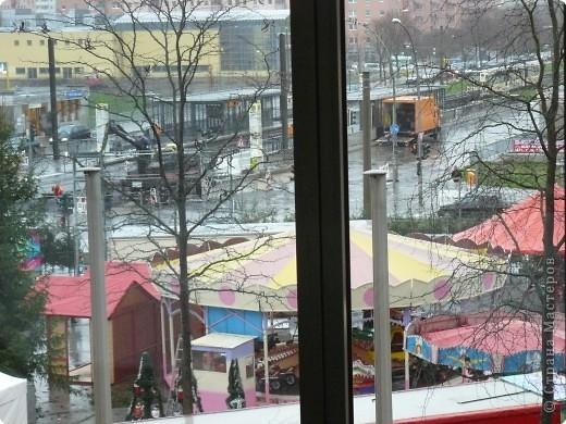 В торговых центрах устанавливают уже огромные ёлки фото 6
