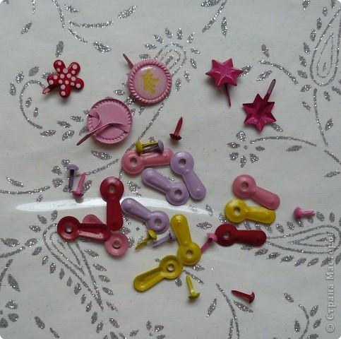 Различные дыроколы,самоклеющиеся бордюры,волновые ножницы и вальсы для отпечатывания рисунка на бумаге фото 4