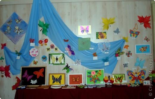 Ну вот и свершилось! За окнами - снег, а у нас в детском саду всеми цветами радуги переливаются крылья бабочек!  фото 1