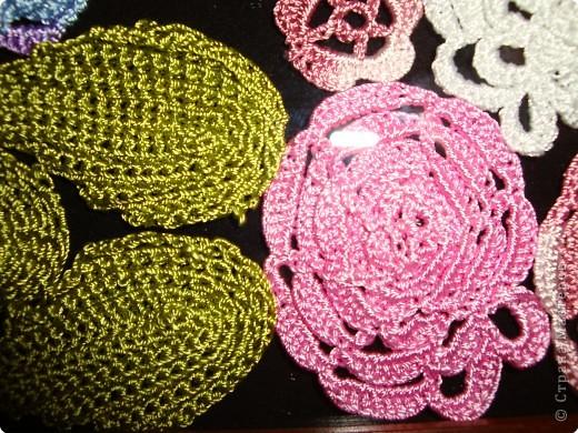 Вязание крючком: вязаные цветы  фото 3