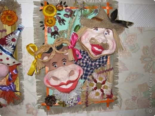 Это наши куклы на проволочном каркасе, головы вылеплены из рваного-папье-маше фото 2