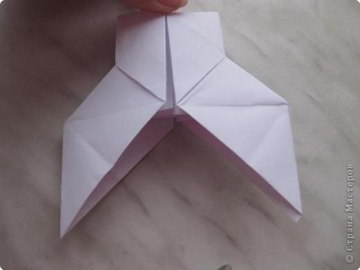 Нужно взять лис бумаги квадратной формы.В дужках я буду писать сказку (жил бедный селянин, был у него большой участок земли) фото 18