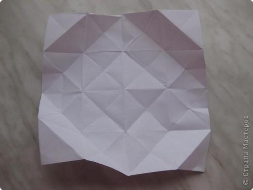 Нужно взять лис бумаги квадратной формы.В дужках я буду писать сказку (жил бедный селянин, был у него большой участок земли) фото 20