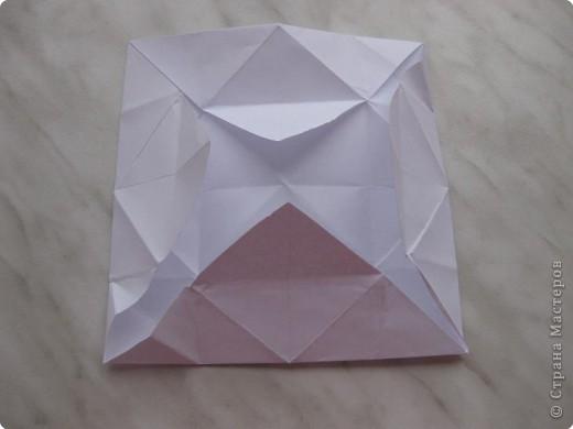 Нужно взять лис бумаги квадратной формы.В дужках я буду писать сказку (жил бедный селянин, был у него большой участок земли) фото 21