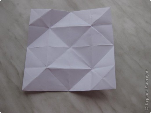 Нужно взять лис бумаги квадратной формы.В дужках я буду писать сказку (жил бедный селянин, был у него большой участок земли) фото 22