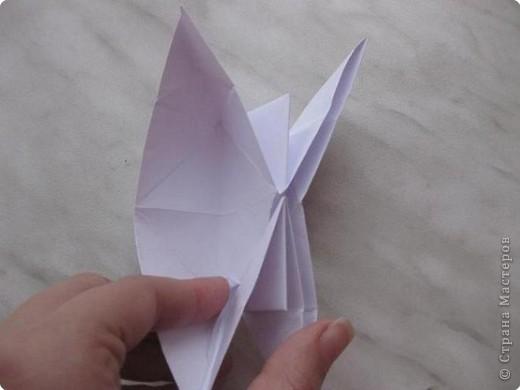 Нужно взять лис бумаги квадратной формы.В дужках я буду писать сказку (жил бедный селянин, был у него большой участок земли) фото 28