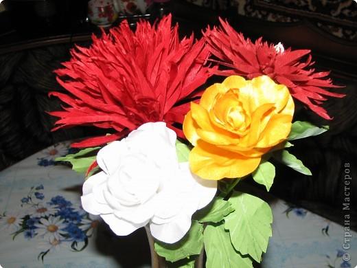 Нарядные георгины, изысканные розы,  и многие другие цветы можно сделать своими руками из ткани!!! фото 9