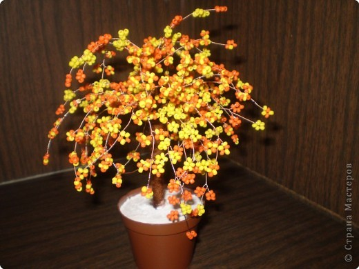 Бисероплетение: осеннее деревце