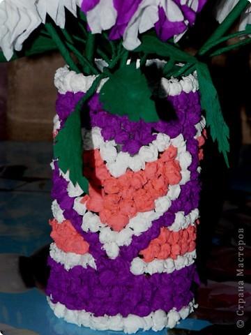 В детстве я часто любовалась цветами из гофрированной бумаги, которые стояли на комоде у моей бабушки. АХ! как хотелось сделать что-то похожее.  фото 4